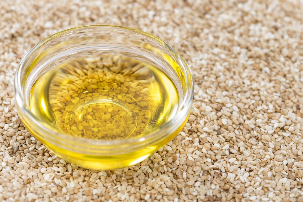 Ölziehen mit gereiftem Sesamöl